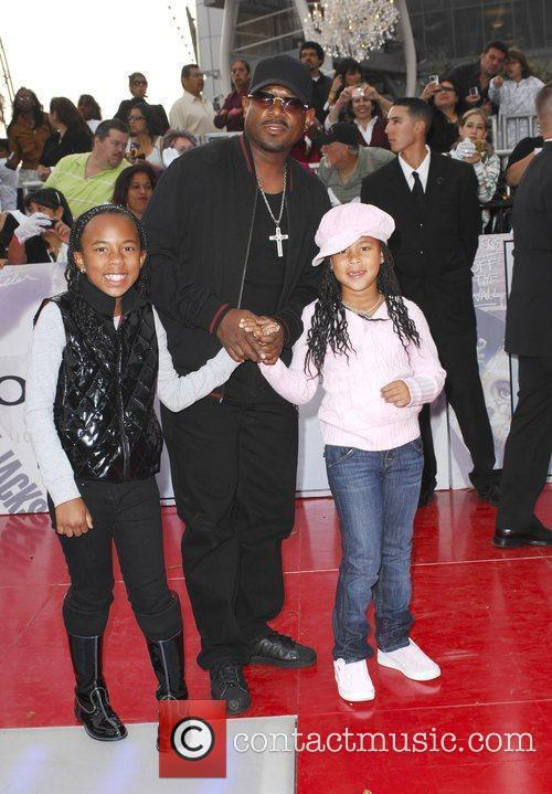 Martin Lawrence and his daughters Michael Jackson's 'This...