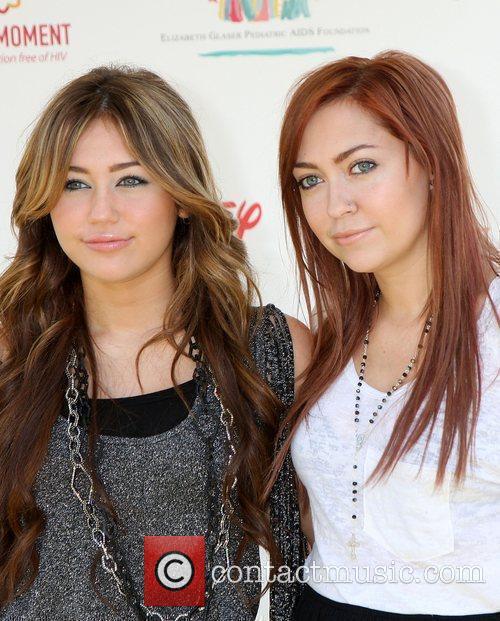 Miley Cyrus and Brandi Cyrus 7