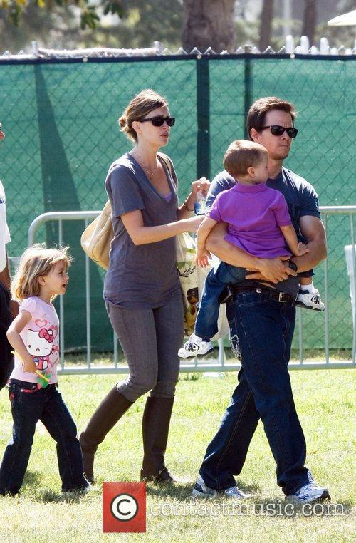 Mark Wahlberg, Rhea Durham With Their Children Ella Rae Wahlberg and Michael Wahlberg 9