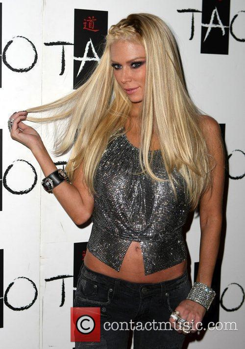 Jenna Jameson Tito Ortiz hosts an after fight...