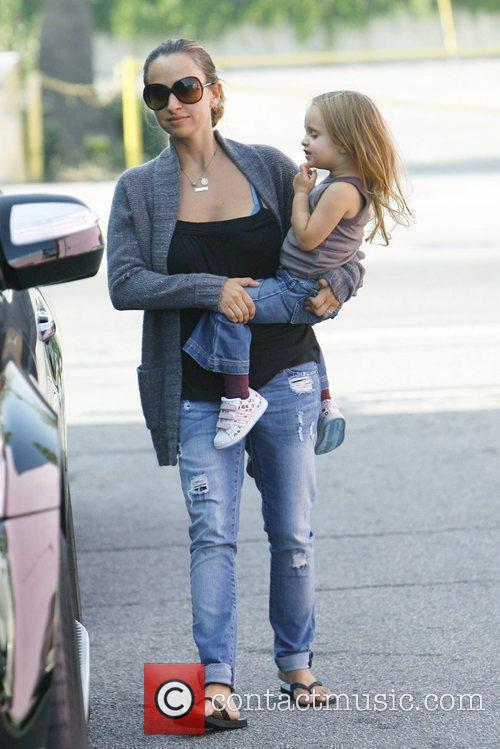 Jennifer Meyer with her daughter Ruby Maguire
