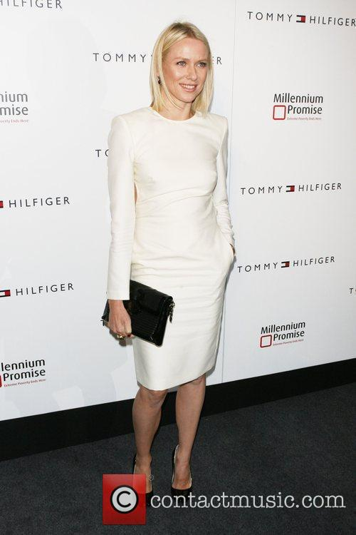 Naomi Watts and Tommy Hilfiger 3