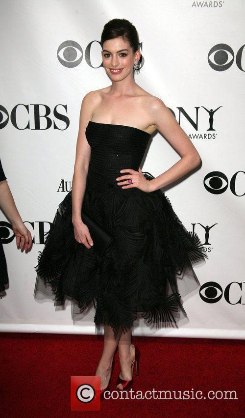 Anne Hathaway, Radio City Music Hall, Tony Awards