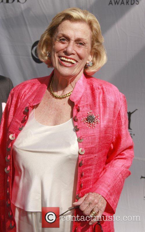 Shirley Herz 4