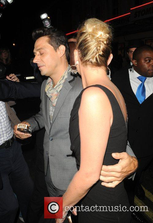 Kate Moss and Her Boyfriend Jamie Hince 1