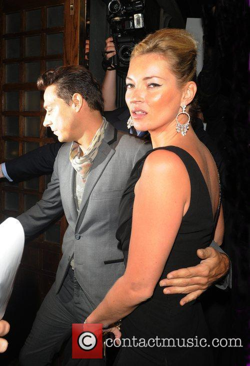 Kate Moss and Her Boyfriend Jamie Hince 3