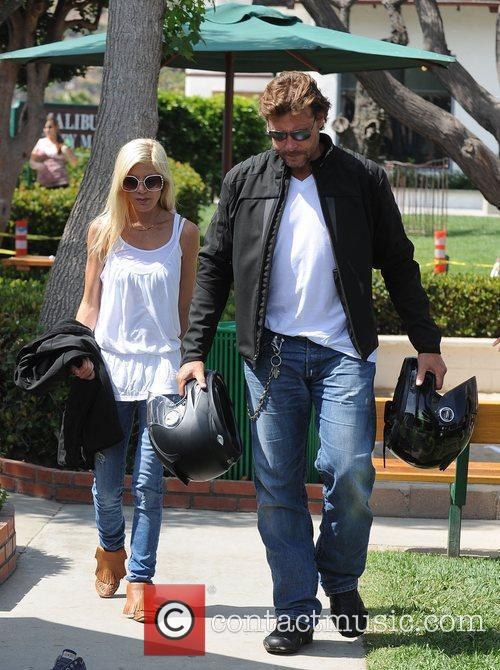 Tori Spelling and Dean Mcdermott Carrying Motorcycle Helmets At Malibu Country Mart 3