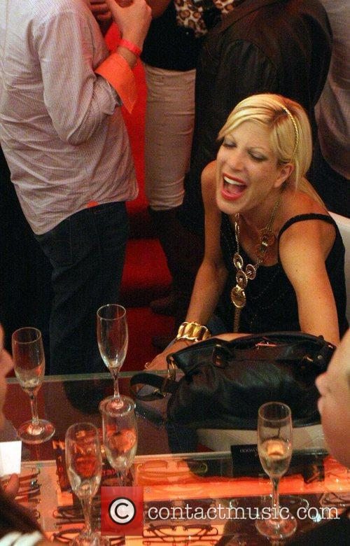 Tori Spelling and Dean Mcdermott 1