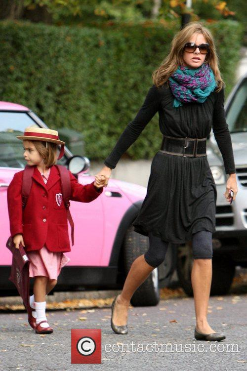 Trinny Woodhall drops her daughter off at school...