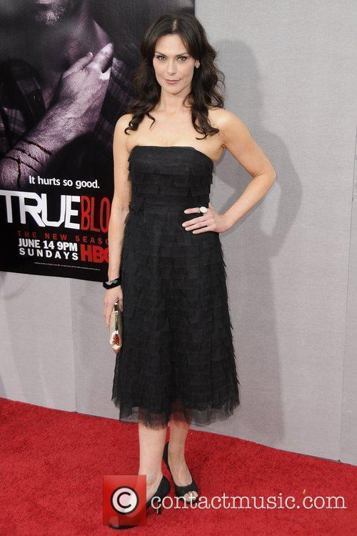 Michelle Forbes 5