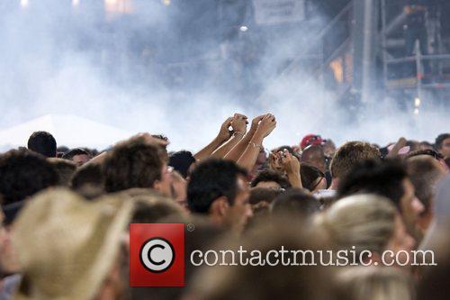 Atmosphere U2 performing live at Parc des Sports...