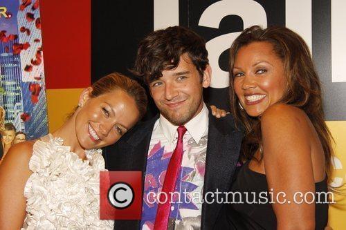 Becki Newton and Michael Urie 4
