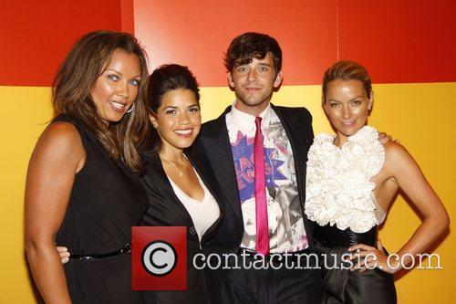 Vanessa Williams, America Ferrera and Michael Urie 10