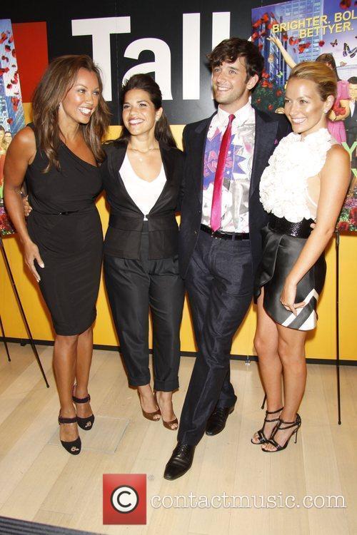 Vanessa Williams, America Ferrera and Michael Urie 9
