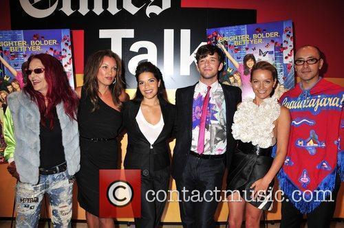Patricia Field, America Ferrera, Becki Newton, Michael Urie and Vanessa Williams 6