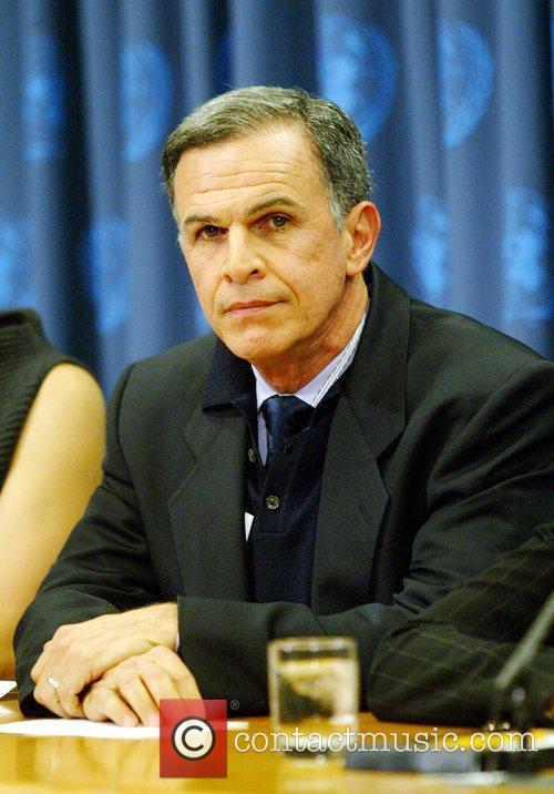 Tony Plana 2