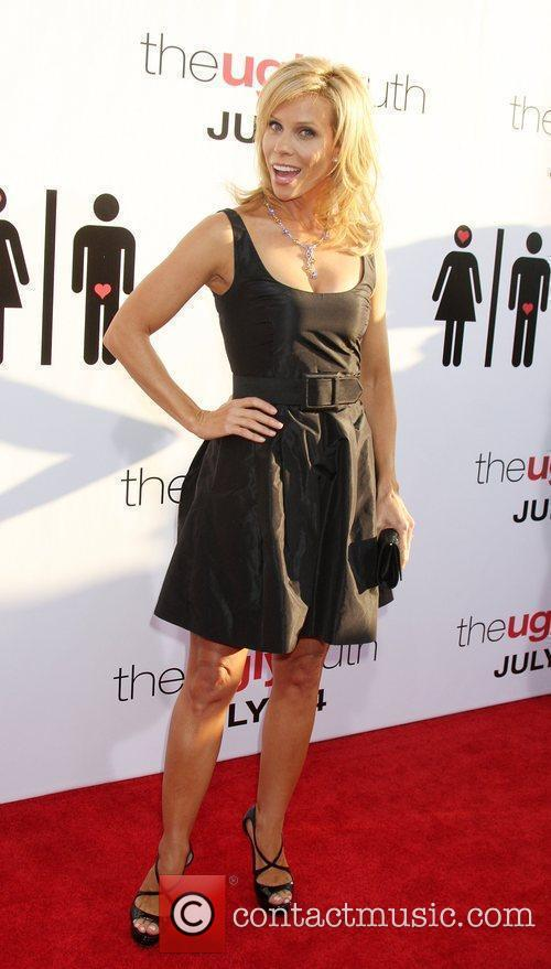 Cheryl Hines The Ugly Truth Premiere at the...