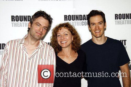 Justin Kirk, Julie White and Mark-paul Gosselaar 2