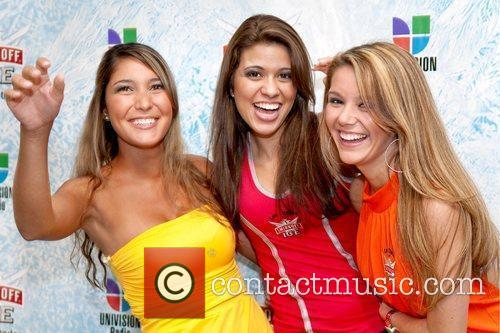 The Chulas Girls Smirnoff Ice & Univision Radio...