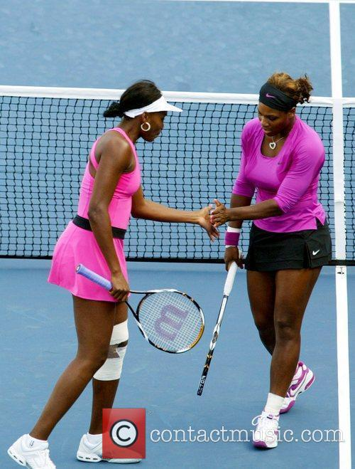 Venus Williams, Billie Jean King and Serena Williams 9
