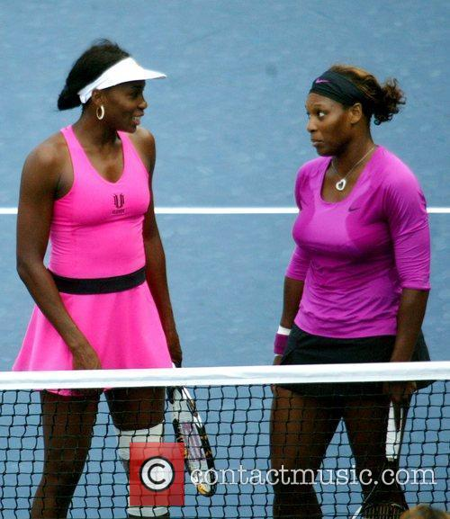 Venus Williams, Billie Jean King and Serena Williams 2