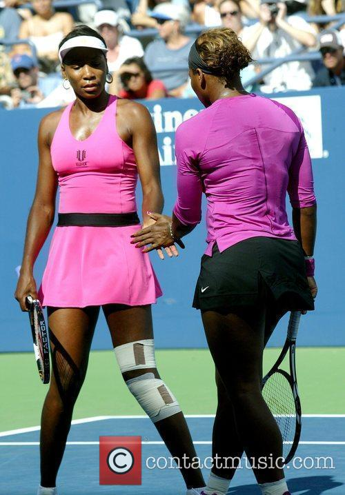 Venus Williams, Billie Jean King and Serena Williams 5