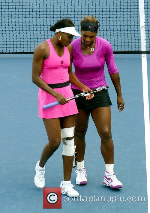 Venus Williams, Billie Jean King and Serena Williams 6