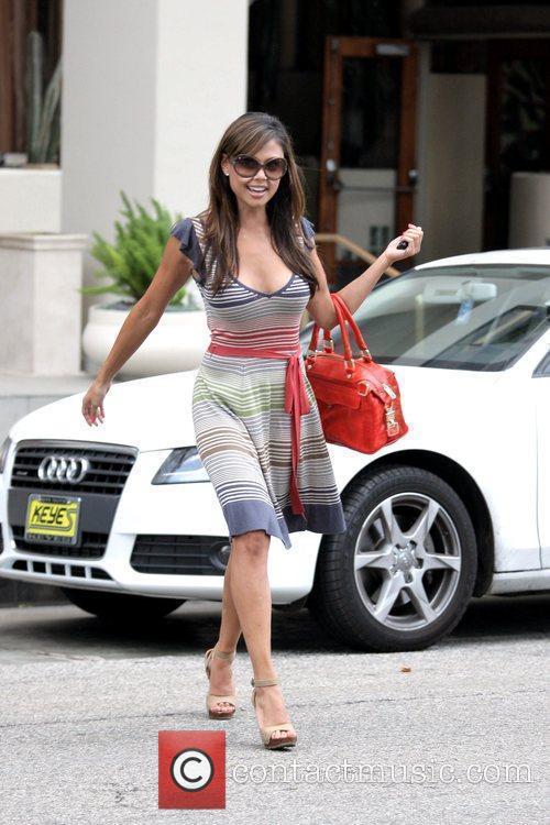 Vanessa Minnillo departs El Torito Grill in Beverly...