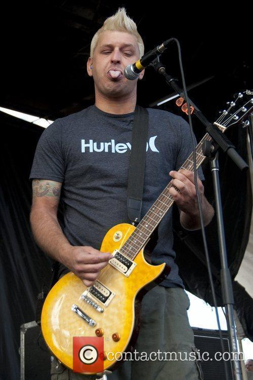 Chris Demakes Of Less Than Jake 2