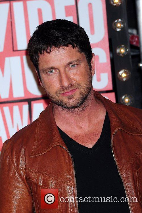 Gerard Butler and Mtv 2