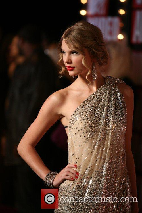 Taylor Swift and Mtv 8