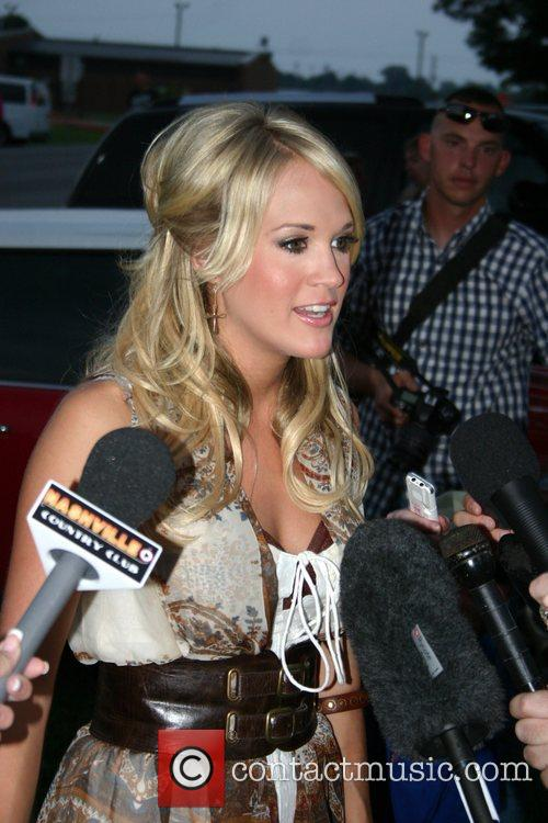 Carrie Underwood Meets and Carrie Underwood 4