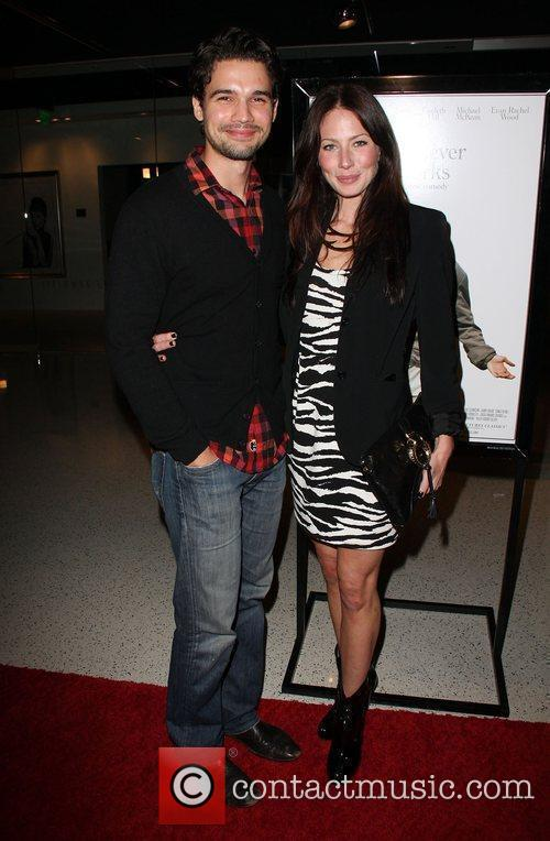 Steven Strait and Lynn Collins 3