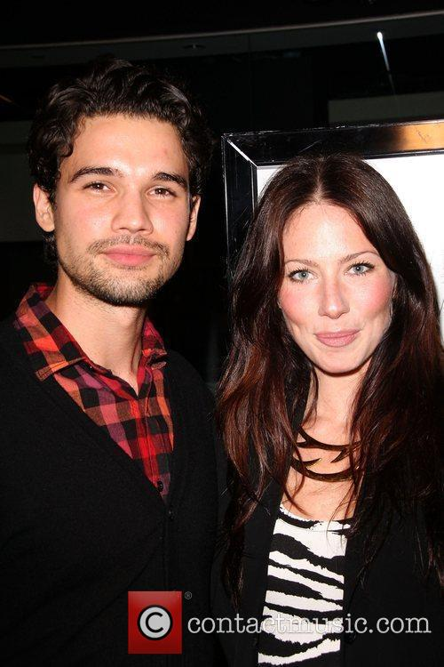 Steven Strait and Lynn Collins 5