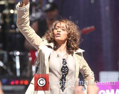 Whitney Houston 12