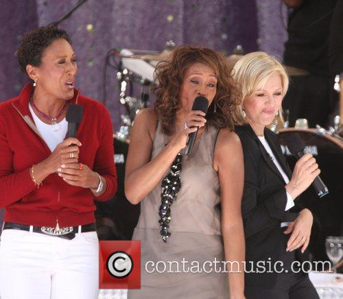 Robin Roberts and Whitney Houston 3