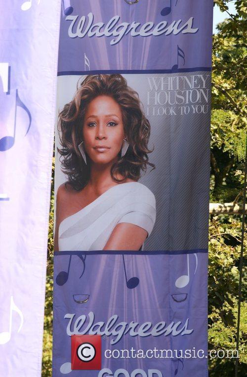 Whitney Houston 27