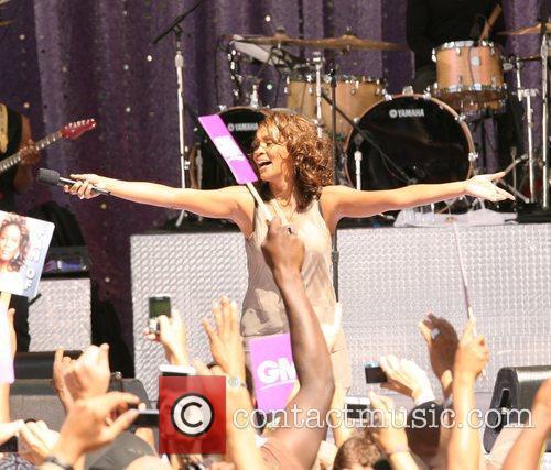 Whitney Houston 29