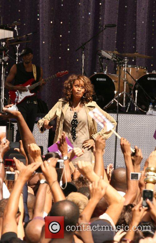 Whitney Houston 23