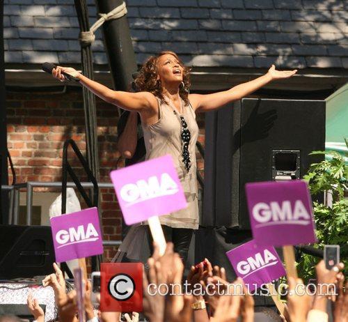 Whitney Houston 26