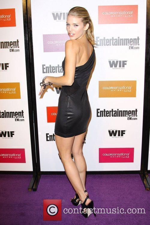 AnnaLynne McCord and Entertainment Weekly 6