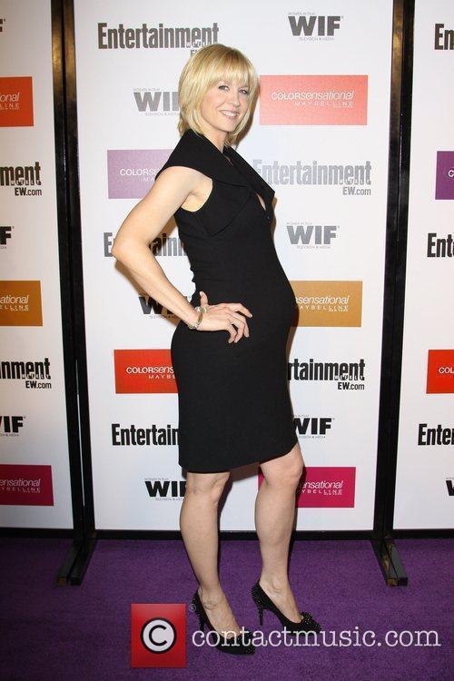 Jenna Elfman 2009 Entertainment Weekly & Women In...