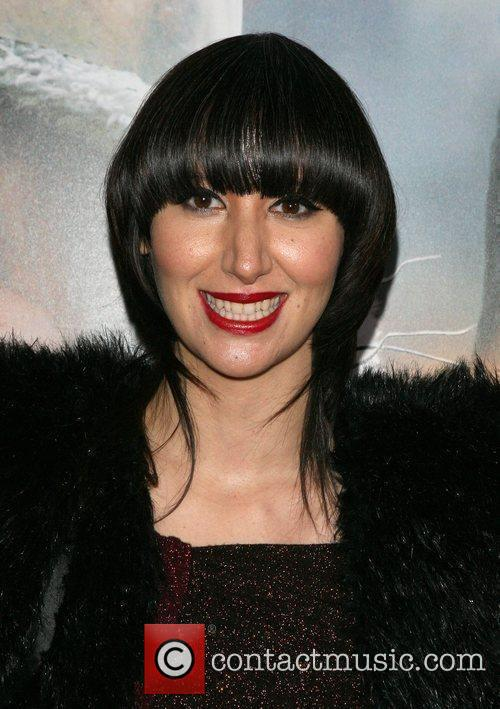 Karen O and her famous bowl haircut
