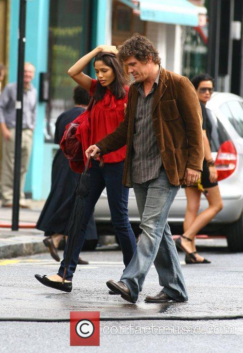 Freida Pinto and Woody Allen 1
