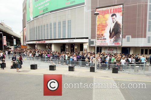 A Massive Crowd Turns Up To See The Judges Arrive For The Final Day Of 'x Factor' Bootcamp 1
