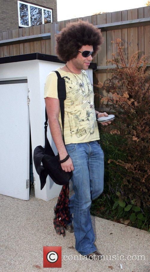 Jamie Archer Leaving The 'x Factor ' House 1