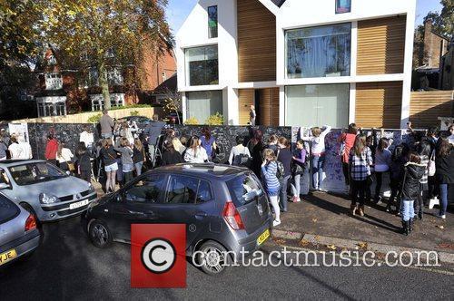 X Factor Finalists - House  fans outside...
