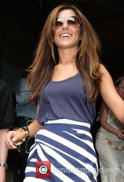 Cheryl Cole leaving her hotel 17
