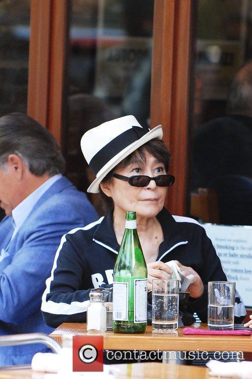 Yoko Ono 2