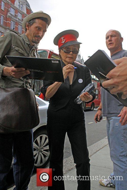 Yoko Ono 4